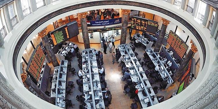 14 مليار جنيه تراجعاً في القيمة السوقية للأسهم المصرية