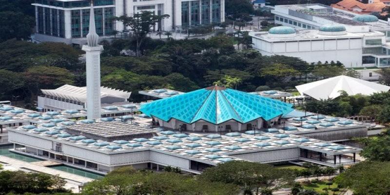 مسجد نيجارا فى ماليزيا .. أناقة البناء وروعة المعمار