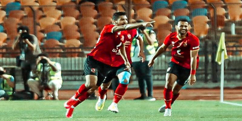 محمد شريف يقود الأهلي للفوز على الزمالك والتقدم بقوة نحو صدارة الدوري