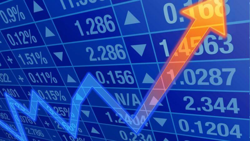 سوق الأسهم السعودية تعايد المتعاملين بإضافة 94 نقطة للمؤشر