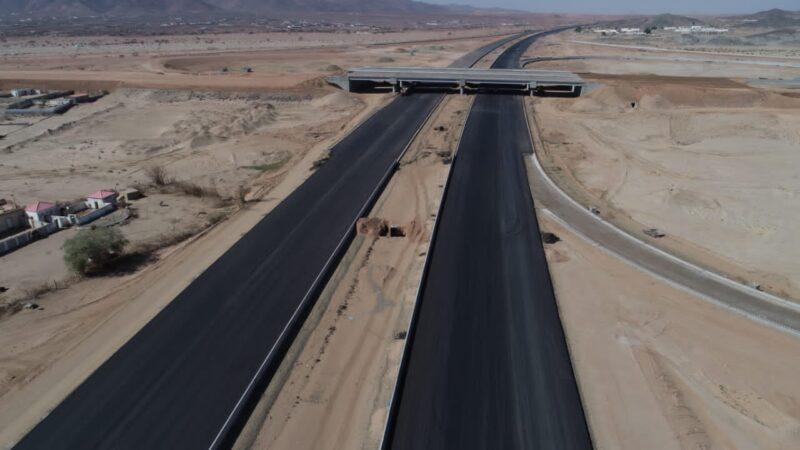 وزارة النقل تواصل أعمال مشروع الطريق الرابط بين جدة ومكة المكرمة