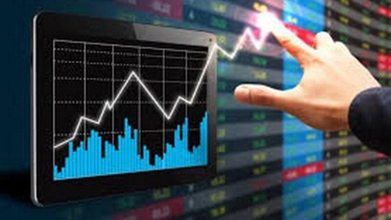 مؤشر الأسهم ينهي تعاملات يوليو فوق مستوى 11 ألف نقطة