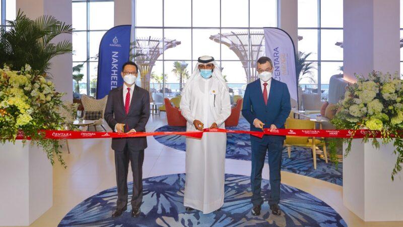 حفل الافتتاح لقص الشريط منتجع شاطئ سنتارا ميراج دبي